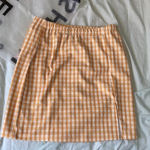 2/$20 NWOT Shein Yellow/White Plaid Mini Skirt